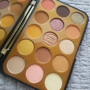 BH Cosmetics Glam Reflection Gilded Palette